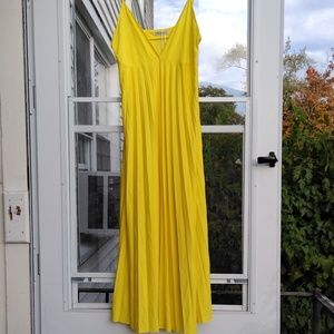 Zara Dresses - Zara yellow pleated dress